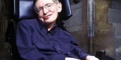 Hawking: «Gli Alieni esistono, ma è meglio evitarli!»
