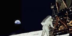 L'uomo non è atterrato sulla Luna?