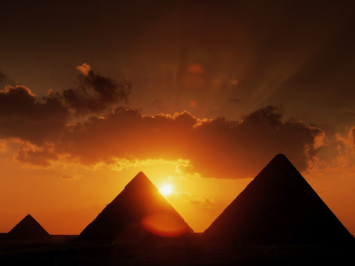 egypt pyramids_at_sunset
